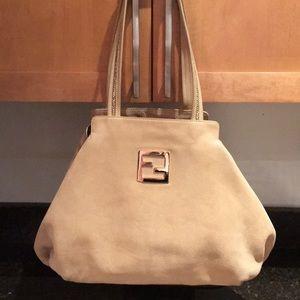 Fendi Fendi - 2 bags in one ! 🎁